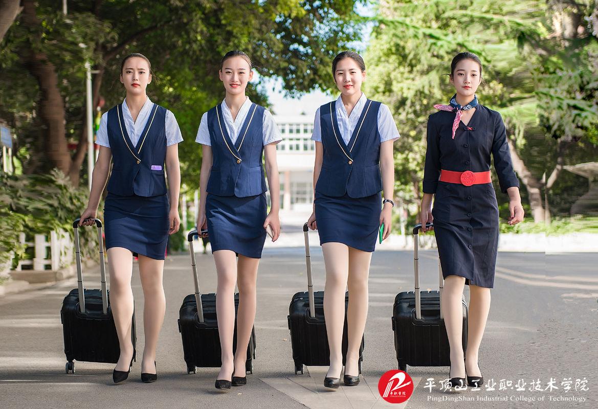 河南高铁乘务院校之平顶山工业职业技术学院什么时候开学?